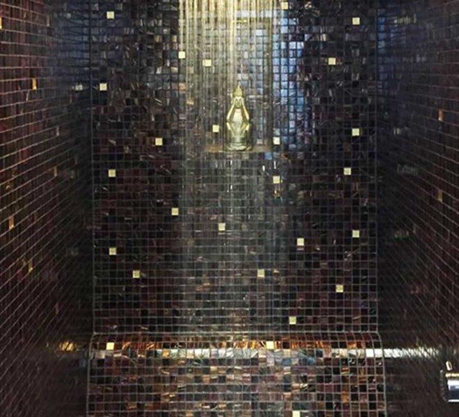 glasmozaiek stoomcabine douche bruin zwart goud