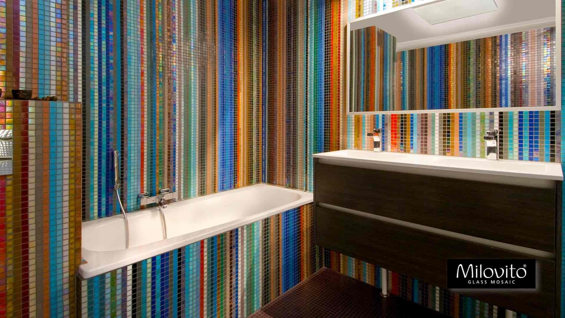 Glasmozaiek Voor Badkamer : Unieke badkamers met bespoke glasmozaïek. design productie én