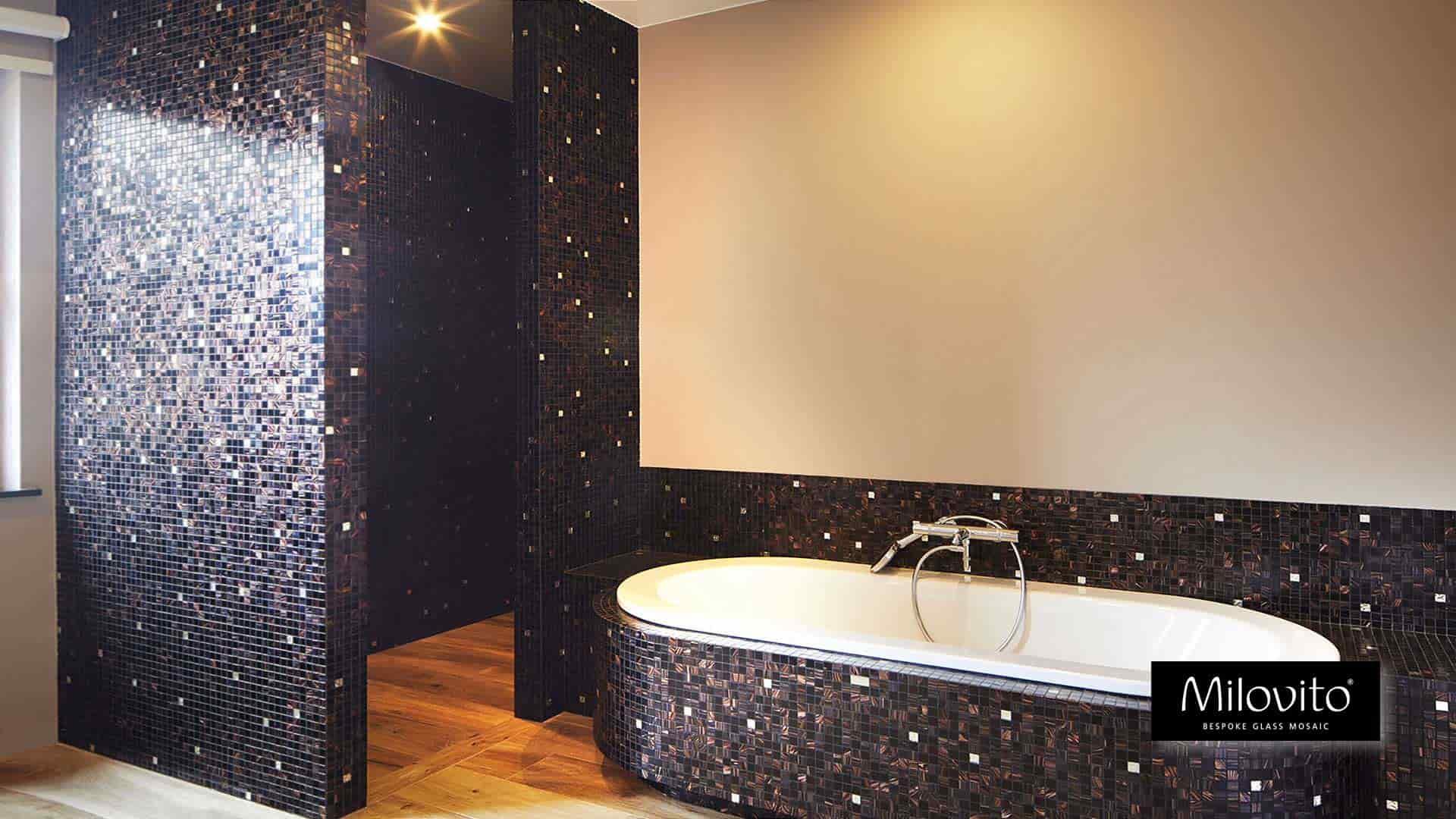 Badkamer Van Mozaiek : Unieke badkamers met bespoke glasmozaïek design productie én
