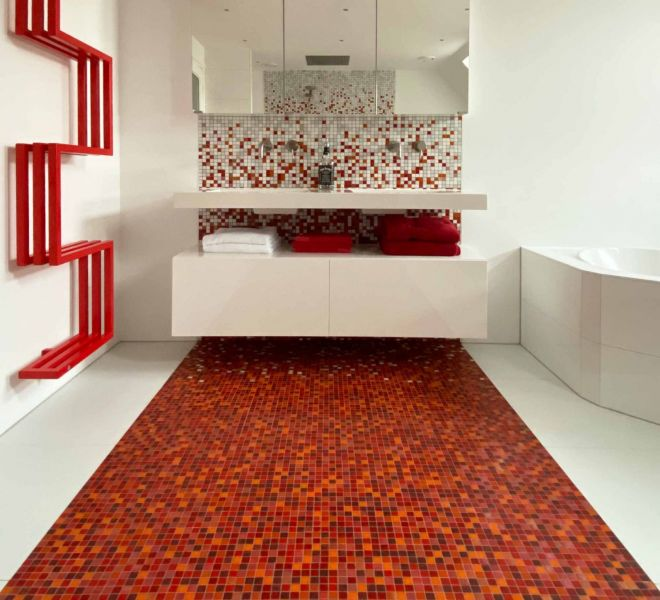 rood kleur verloop glasmozaiek tegels badkamer sfumature vloer wand badkamer