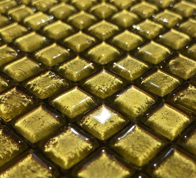 glasmozaiek goud